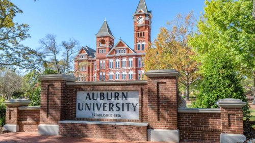 Auburn University giving $1,000 scholarships, prime parking and other prizes to fully-vaccnated students