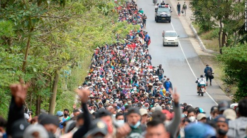 Up to 8,000 US-bound migrants enter Guatemala from Honduras