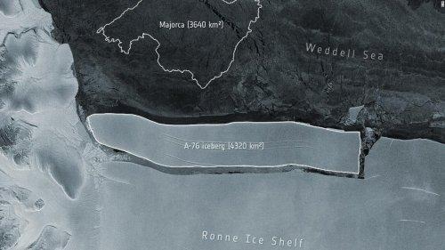 World's largest iceberg breaks off from Antarctica | CNN