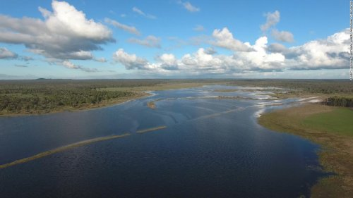 Ancient aquatic system revealed by bushfires