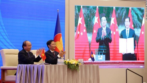 China signs huge Asia Pacific trade deal with 14 countries