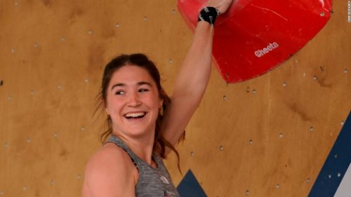Climber Johanna Farber receives apology after inappropriate images were aired