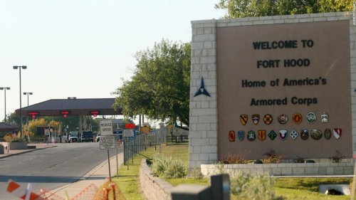 Two Fort Hood soldiers charged with attempting to smuggle undocumented immigrants into Texas