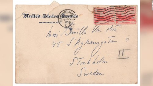 'If you don't marry, come over': JFK love letters to Swedish mistress fetch $88K