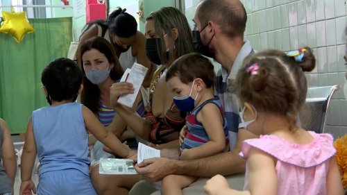 Toddlers receive vaccine at clinic in Cuba. See inside