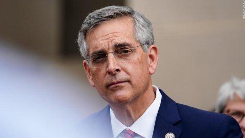Georgia removes 100,000 names from voter registration rolls