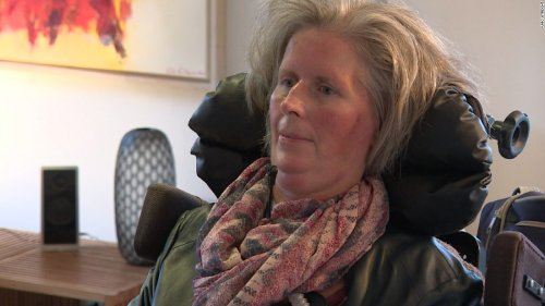 Brain implant helps woman with ALS communicate | CNN