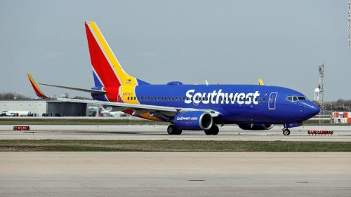 Airline and bank websites go down in another major internet failure