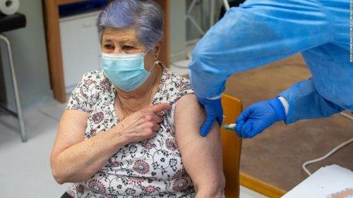 CDC Covid-19 vaccine advisers call emergency meeting