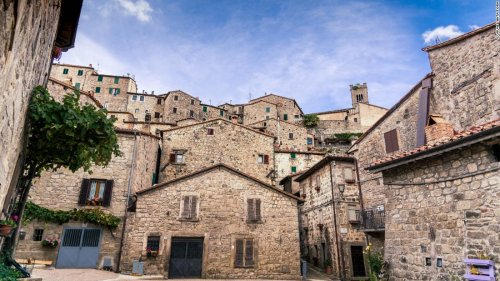 These beautiful Italian towns will pay you to work remotely