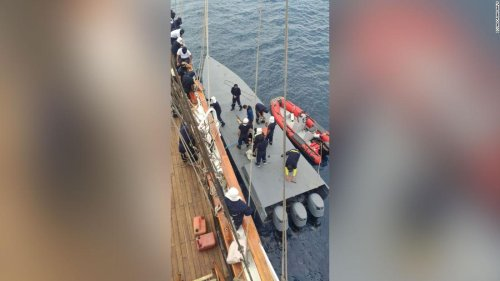 Sailing ship captures a narco sub