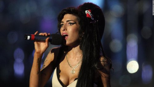 Amy Winehouse possessions hit the auction block
