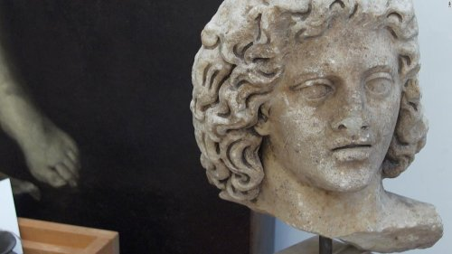 'Tomb raiders': The pandemic is making it easier than ever to loot ancient Roman treasures