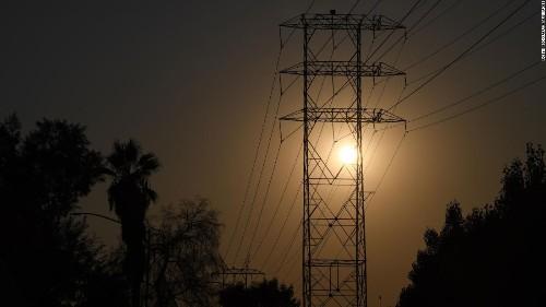 280,000 Californians could lose power as dangerous Santa Ana winds raise fire risk