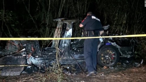 Police say no one was in driver's seat in fatal Tesla crash