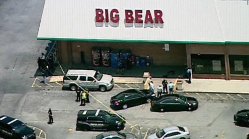 Georgia authorities identify a grocery store cashier killed after a face mask dispute
