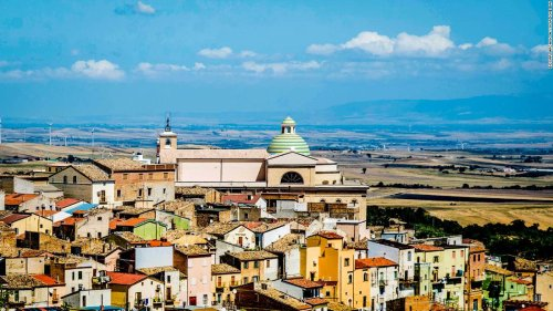 Beautiful Italian town sells ready-to-occupy homes at bargain prices