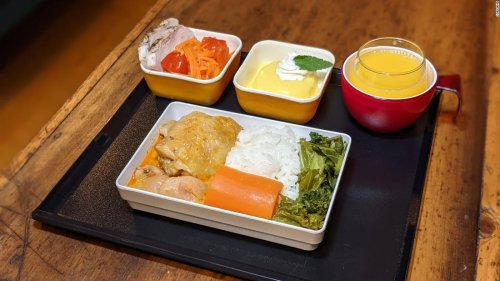 How to make your own airline food at home during Covid-19