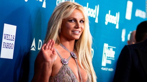 Britney Spears is 'feeling overwhelmed' so she took to painting