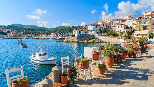 6 Countries with Incentives to Retire There