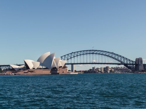 Singapore-Australia flights to resume Nov. 23: Qantas