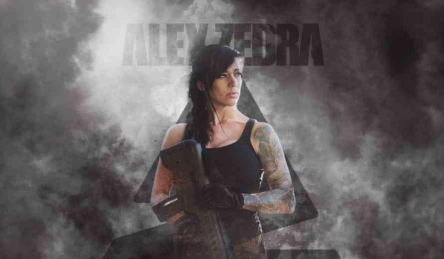 Alex Zedra is Call of Duty's Deadly Beauty & Her Cosplay is Beautiful