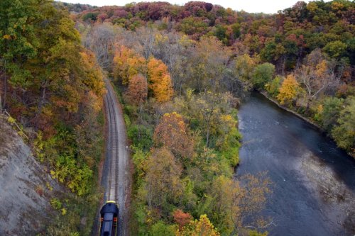 The Fall Flyer Train At Cuyahoga Valley Scenic Railroad Is Truly Exceptional