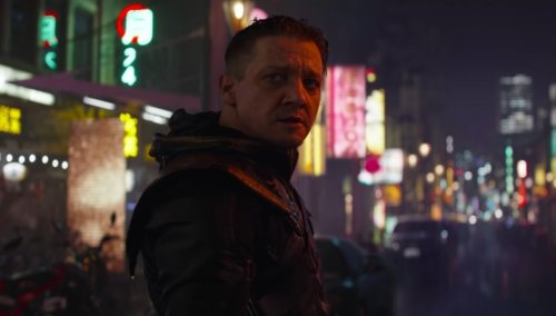Hawkeye Star Jeremy Renner Teases Echo Debut With Throwback Photo of Ronin
