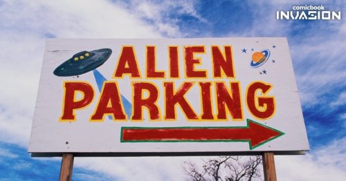 Harvard Professor Explains What We Need to Do When the Aliens Arrive
