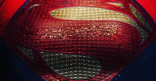 DCEU Supergirl Costume Revealed by The Flash Director