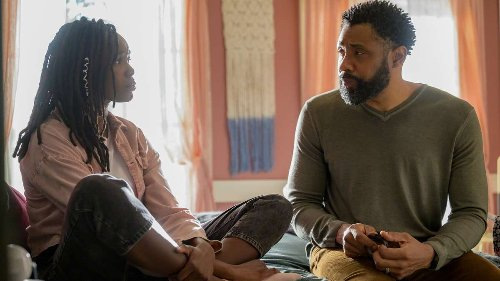 """Black Lightning: """"The Book of Resurrection: Chapter One"""" Photos Released"""