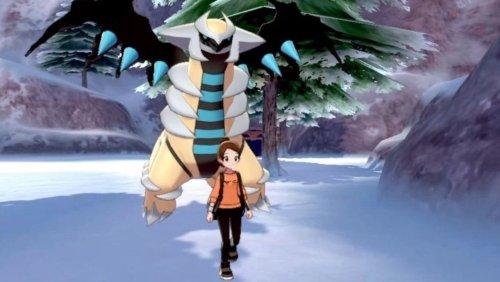Pokemon Sword and Shield Player Pays Steep Price for Shiny Giratina
