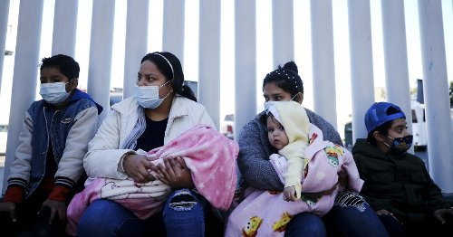 'Lives Depend on It': House Democrats Push Biden to Immediately Lift Trump Refugee Cap