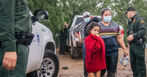'Dangerous and Deadly': Biden CDC Under Fire for Preserving Trump-Era Migrant Expulsion Policy