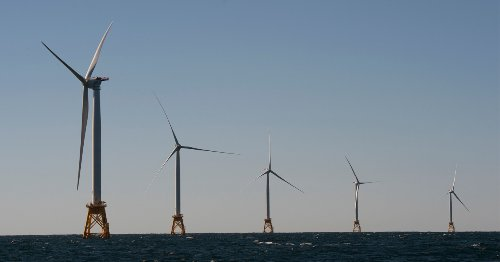 Climate Experts Applaud as US Government Approves Largest Offshore Wind Farm in Nation's History