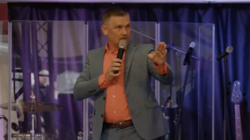 Right Wing Pastor Filmed Screaming at Congregation to Not Get Vaccinated: 'You Will Not Wear Masks in This Church'