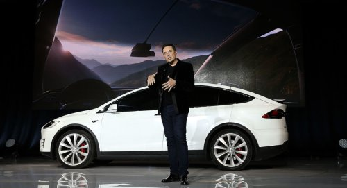 Top U.S. Safety Official Says Tesla Isn't Ready to Expand to Full Self-Driving Mode