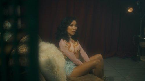 """Jhené Aiko Celebrates 4/20 by Releasing Video for """"Tryna Smoke"""""""