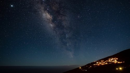 Study Finds Our Galaxy May Be Full of Dead Alien Civilizations