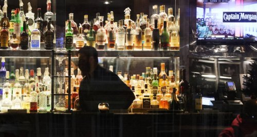 Florida Man Accidentally Shoots Himself While Showing Off Gun at Bar