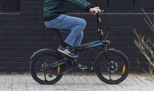 Esta bicicleta eléctrica tiene 50 km de autonomía y cuesta sólo 599 euros, perfecta para ir y volver al trabajo sin quedarte sin batería