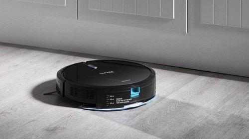 El robot aspirador Cecotec Conga 1090 aspira, friega y pasa la mopa por toda tu casa por menos de 150 euros