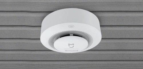 Mantén tu hogar seguro con este detector de humo de Xiaomi en oferta solo por 22€