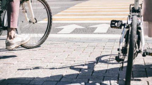 3 consejos de la DGT que deberías seguir al ir en bicicleta