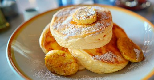 Here's how to make the fluffy, soufflé-like Japanese pancakes that are all over your Instagram feed right now
