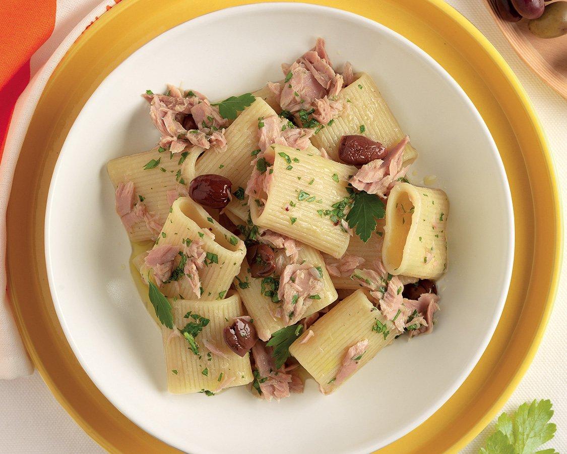 Mezzi Paccheri With Tuna and Lemon