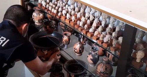 Archéologie : près de 800 vestiges antiques pillés saisis par la police italienne en Belgique   Connaissance des Arts