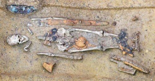 Allemagne : des tombes du Haut Moyen Âge contenant de luxueux objets découvertes dans le cratère d'une météorite