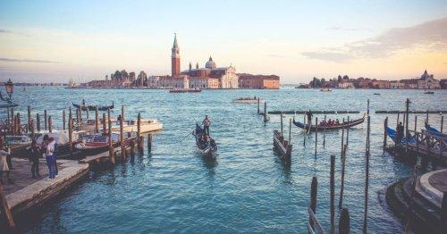 Patrimoine en danger : l'Unesco sonne l'alerte pour Stonehenge, Venise et la Grande Barrière de corail   Connaissance des Arts