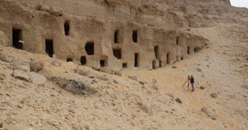 Égypte antique : découverte de 250 tombeaux vieux de 4200 ans enfouis à l'est de Sohag | Connaissance des Arts